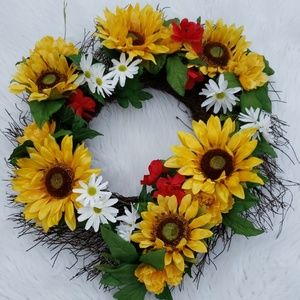 Sunflower Daisy Wreath New!